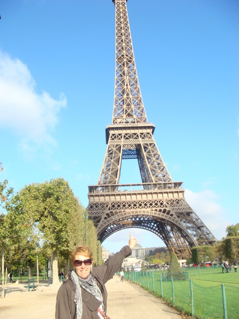 Pam discovers the Eiffel Tower, Paris.  2011