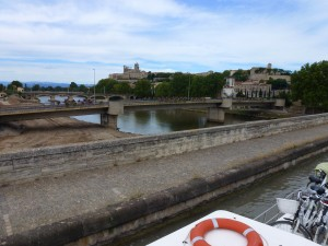The canal crosses the river, Beziers, France.  2014
